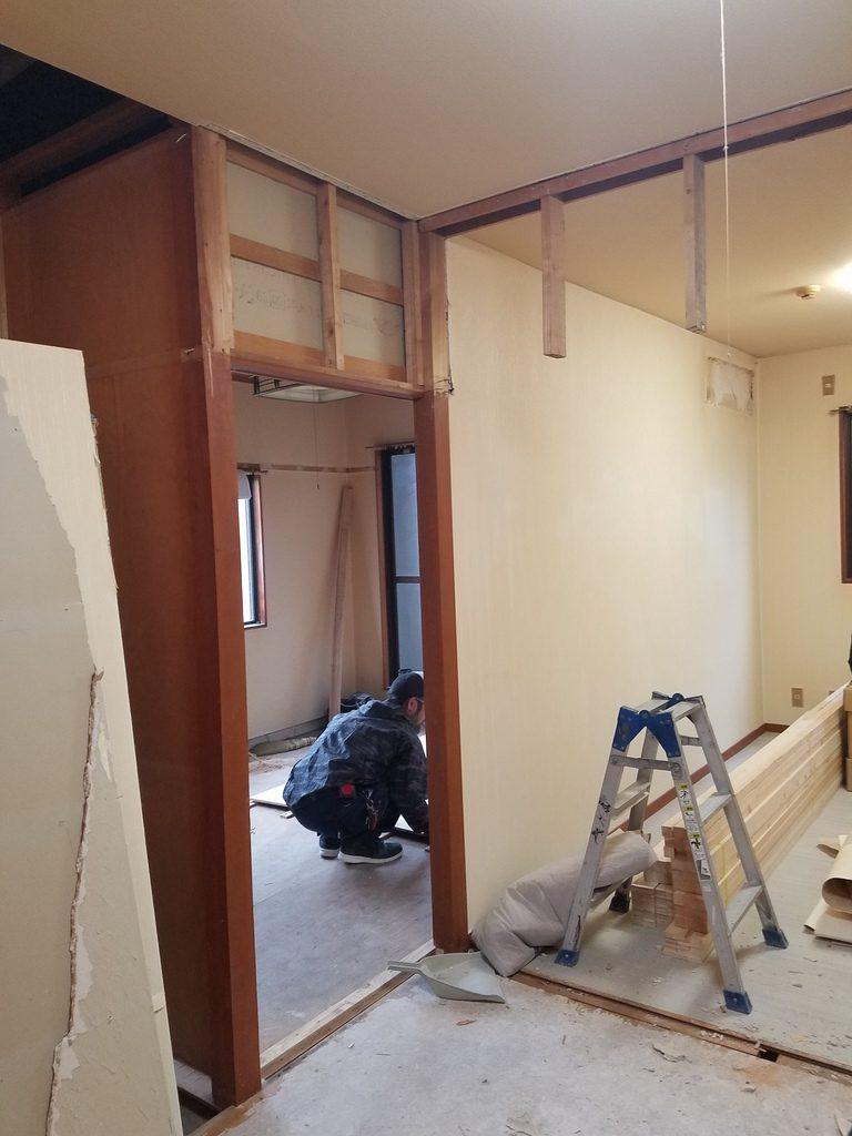 藤井寺市道明寺★2DKマンションリフォームが開始しました。